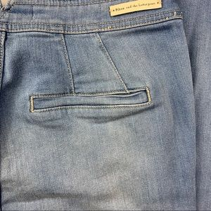 Pilcro and the Letterpress Bootcut Jean Size 28